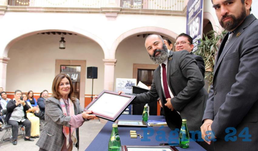 Unidad Académica de Psicología Reconoce a Fundadores, Docentes y Administrativos