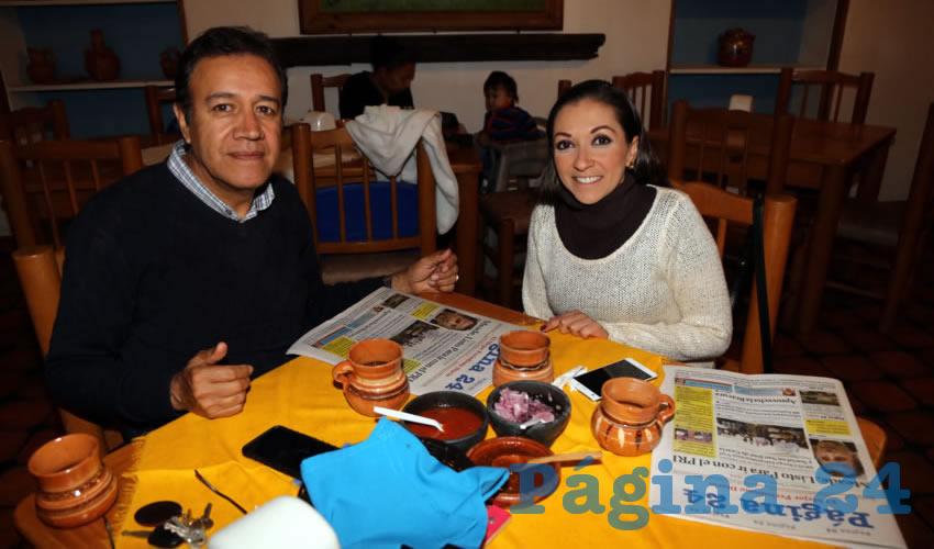 En La Mestiza compartieron el pan y la sal Leopoldo Núñez Leaños y Dulce Arellano Gourcy