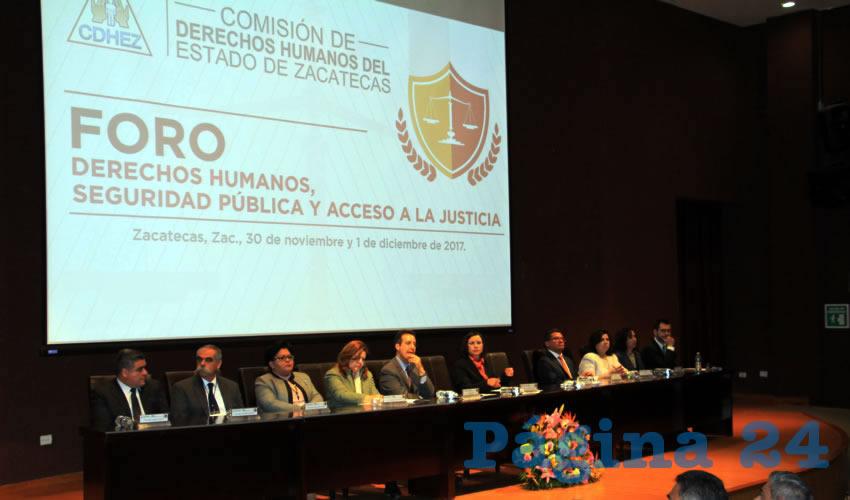 María de la Luz Domínguez Campos, presidenta de la Comisión de Derechos Humanos de Zacatecas (CDHEZ): En Zacatecas hasta el 31 de octubre de este año, se han cometido 717 homicidios, de los cuales 600 fueron dolosos y 117 culposos. Además de que se ha incrementado una de las cifras de feminicidios (Foto Rocío Castro)