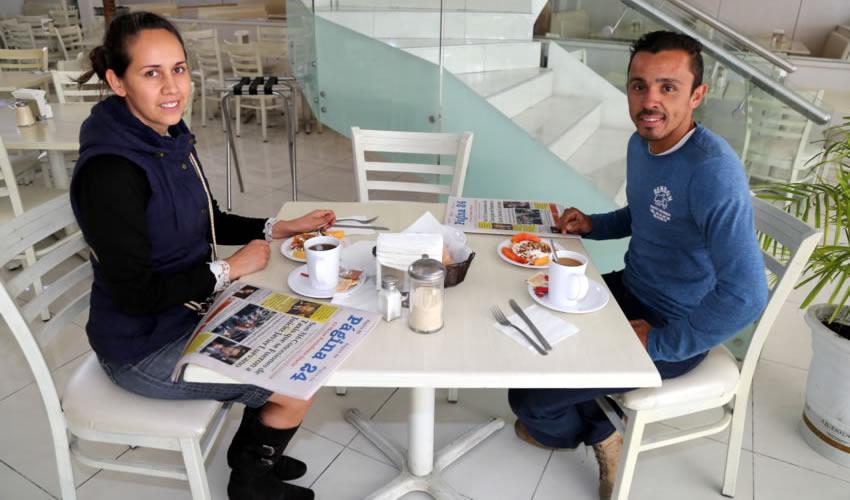 En el restaurante Del Centro compartieron el pan y la sal Arely Reynoso Ruiz y Víctor Rendón García