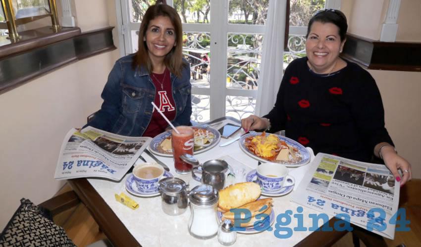 En Sanborns Francia compartieron el primer alimento del día Karla Ayón Ramírez y Marina Padilla Verdín