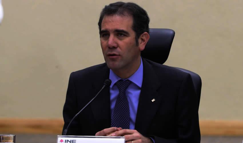 Recorte de 800 mdp al INE Enfrenta a  Córdova y Representantes Partidistas