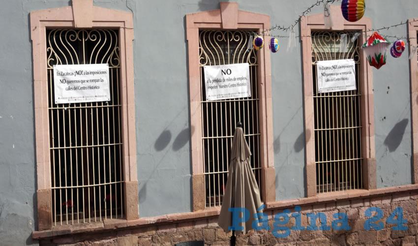 Repudio de los locatarios (Foto Merari Martínez Castro)