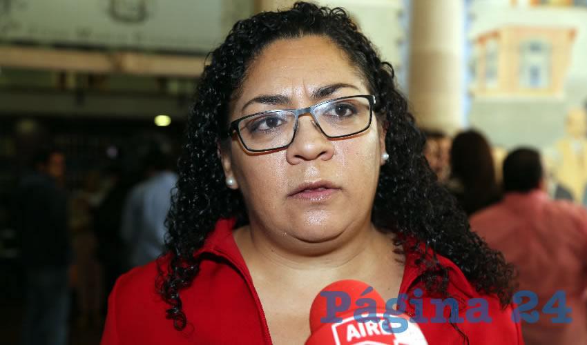 Hazel Montejano García ...rata del PRI, no circula...