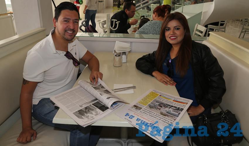 En el restaurante Del Centro desayunaron Carlos Chávez Andrade y Miriam González Cervantes