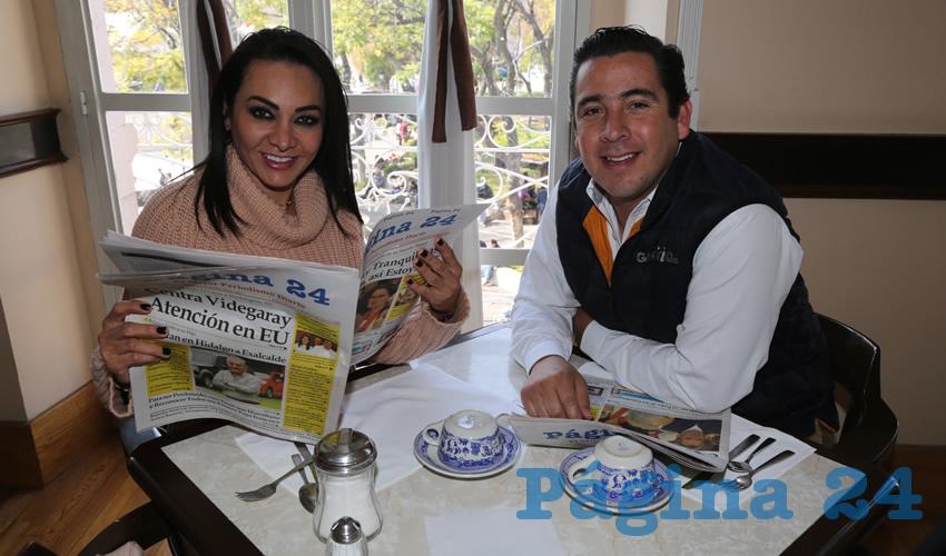 En Sanborns Francia departieron Citlalli Rodríguez González y Gustavo Alberto Báez Leos, diputados locales