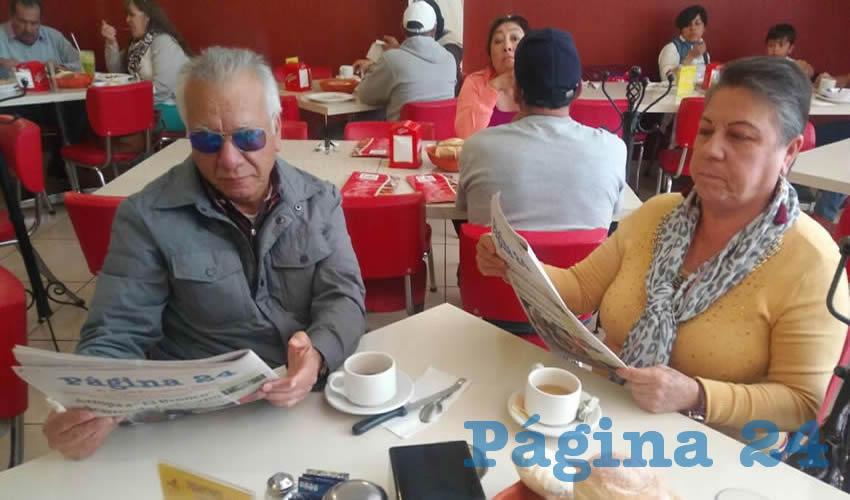 En el restaurante Mitla almorzaron José Santos Rodríguez y Patricia Zúñiga