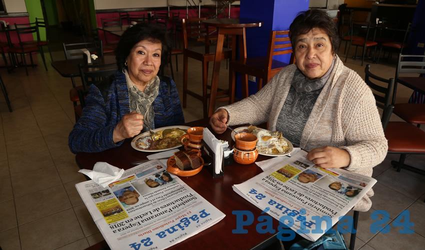 En el restaurante La Madero compartieron el pan y la sal María de los Ángeles Martínez Ramírez y Carolina Martínez Ramírez