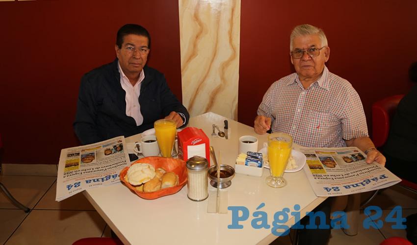En el restaurante Mitla desayunaron José Galván Barrios y Jesús Montoya Esparza