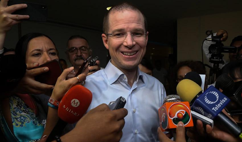 """Campeche, Campeche.- Anaya Cortés Frente, llamó al Gobierno Federal a que el relevo en la Segob """"se dé de manera muy ordenada"""" (Foto: Martín Zetina/ Cuartoscuro)"""