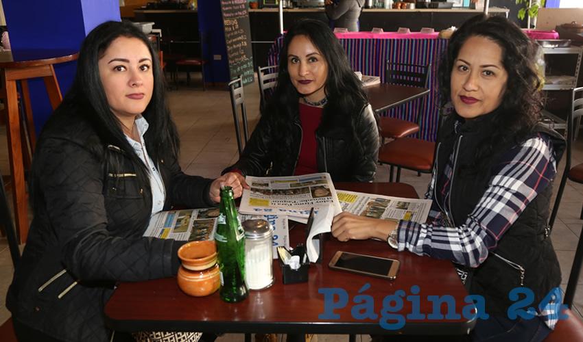 En el restaurante La Madero almorzaron las hermanas Magali Ramírez Sígala, Maty Ramírez Sígala y Mary Ramírez Sígala