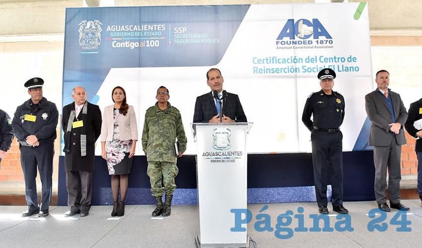 En conferencia de prensa, el gobernador del Estado, Martín Orozco Sandoval, presentó la certificación otorgada al Centro de Reinserción Social (Cereso) de El Llano