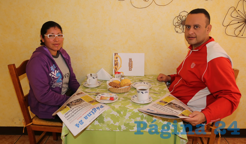Dora Guadalupe Ramos Suárez y Raúl de Loera Herrera compartieron el pan y la sal en el restaurante La Estación