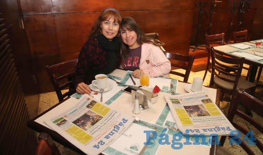 En el restaurante La Rueda del Hotel Quality Inn desayunaron Elvira Martínez Hernández y Ángeles Mayagoitia Nájera