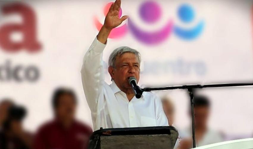 """Andrés Manuel López Obrador urgió al mandatario Peña Nieto a enfrentar """"el flagelo de la violencia, que está incontrolable en el país"""" (Foto: Tomada de Facebook)"""