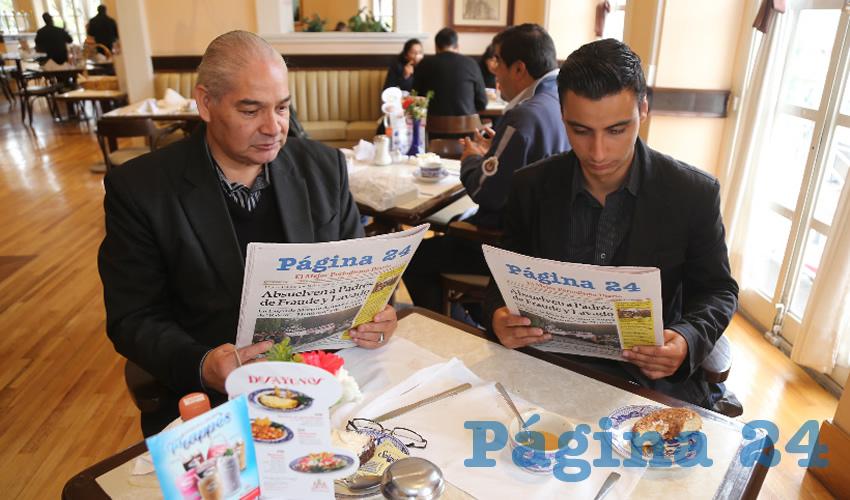 En Sanborns Francia compartieron el pan y la sal Rogelio Sánchez Alvarado y Jorge Aguirre García