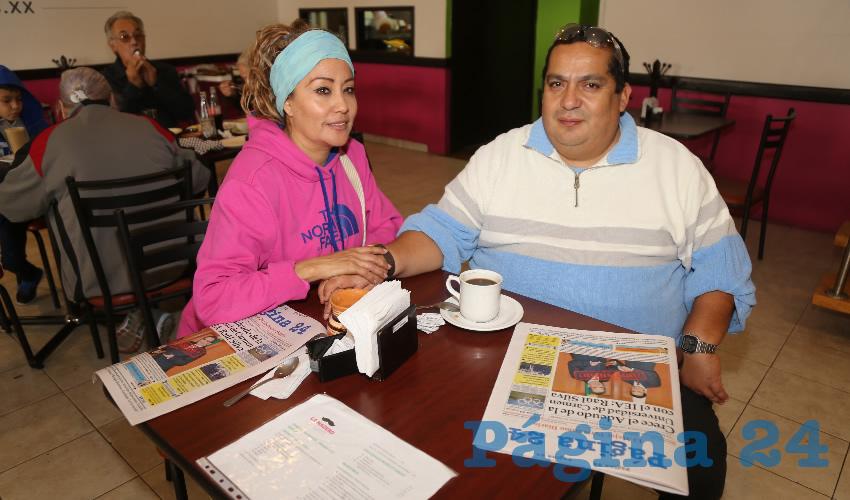 En el restaurante La Madero desayunaron Adriana Morales Arellano y Rodrigo Elpidio Segura Enríquez