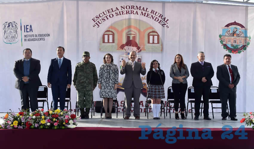 El gobernador del Estado, Martín Orozco Sandoval, realizó la declaratoria inaugural de los festejos del 81 aniversario de la Escuela Normal Rural Justo Sierra Méndez