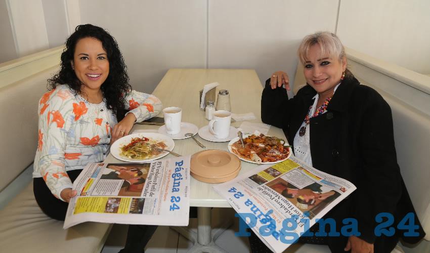 En el restaurante Del Centro compartieron el pan y la sal Miriam Lechuga Calderón y Alma Venegas Oropeza
