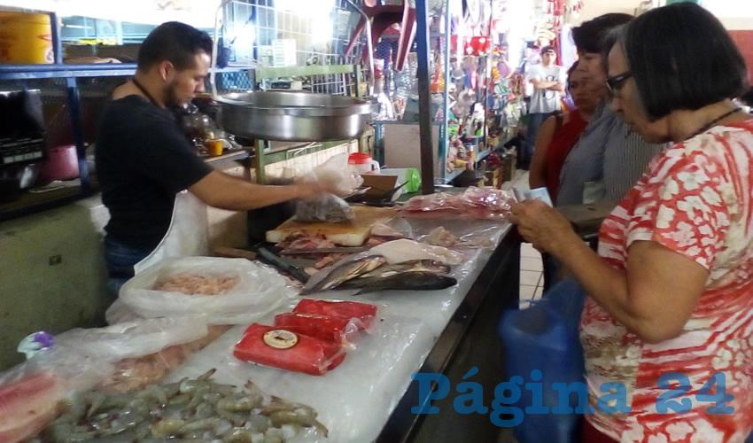 Por las nubes, precios de productos del mar