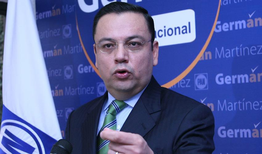 Germán Martínez Cázares ... expresidente nacional del PAN...