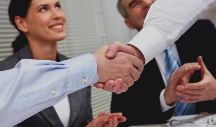 Cómo Conseguir Trabajo: 5 Eficaces Formas de Hacerlo