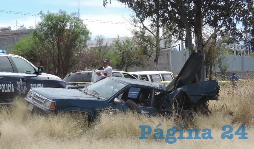 Juan Sigala Córdova se mató al estrellarse contra una automóvil y un árbol