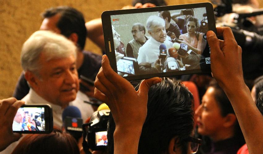 Zacatecas, Zacatecas.- Andrés Manuel López Obrador hizo declaraciones respecto al reto que le lanzó José Antonio Meade (Foto: Alejandro Ortega/ Cuartoscuro)