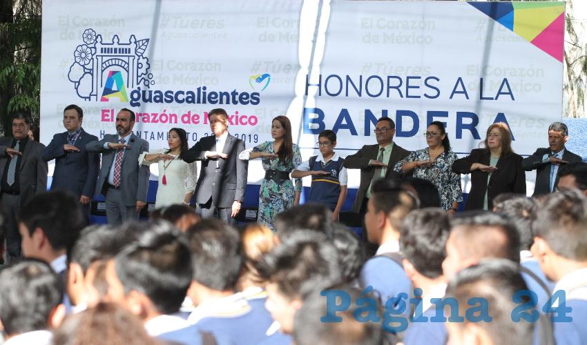 Tere Jiménez visitó el CETIS 80 general Ignacio López Rayón para inaugurar el humedal número 16 en su administración.