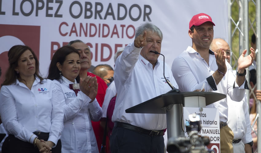 Santa Catarina, Nuevo León.- López Obrador aseguró que en campaña todo será amor y paz (Foto: Gabriela Pérez/ Cuartoscuro)