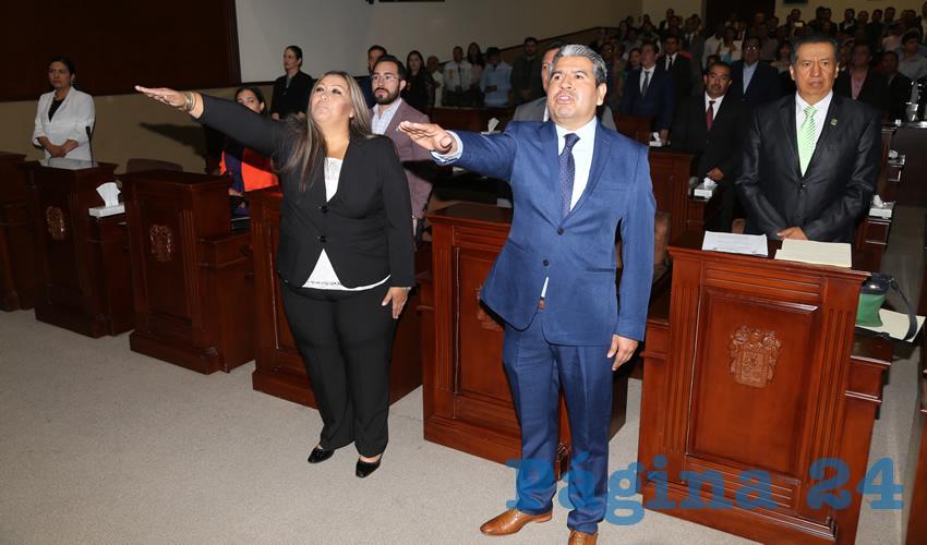 Rindieron protesta como diputados locales Argelia Salas del Hoyo y Moisés de Luna Martínez,