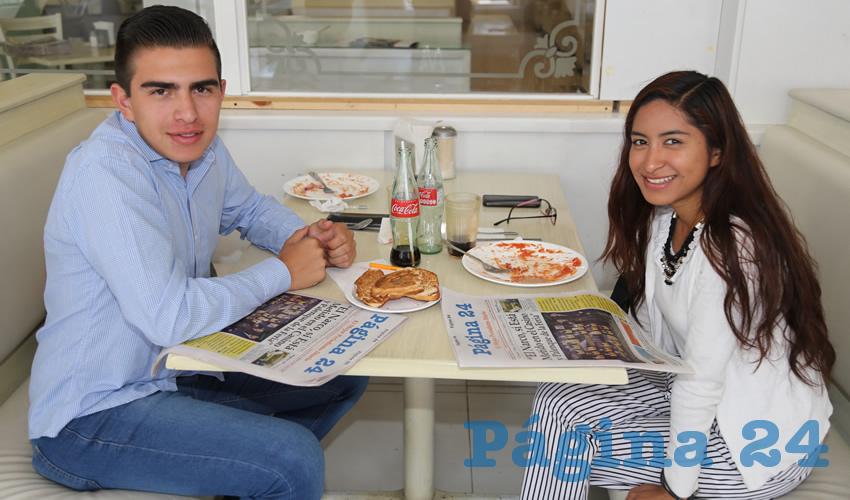 En el restaurante Del Centro compartieron el primer alimento del día Carlos García Camacho y Diana García