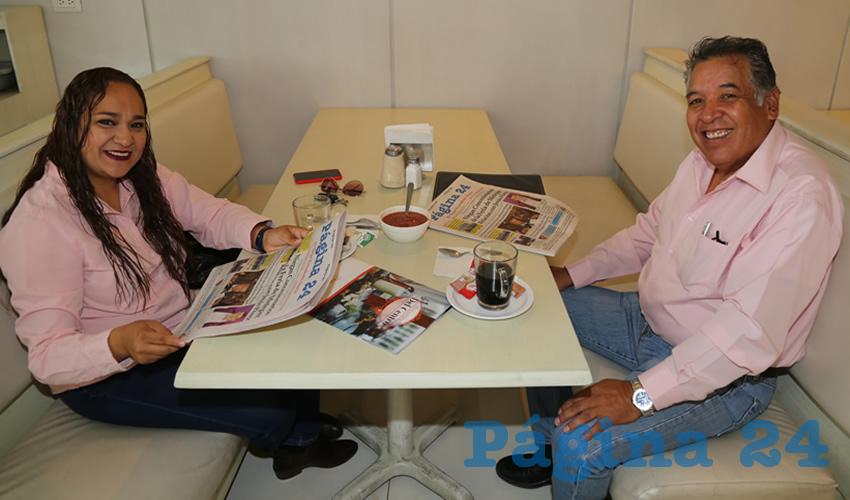 En el restaurante Del Centro desayunaron Natzielly Rodríguez Calzada y Cuitláhuac Cardona Campos