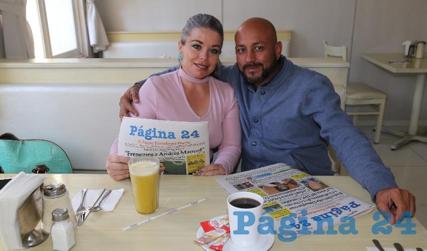 En el restaurante Del Centro almorzaron Sandra Yadira Vázquez Tavares y Daniel Lara Castillo, que nos visita de Pachuca