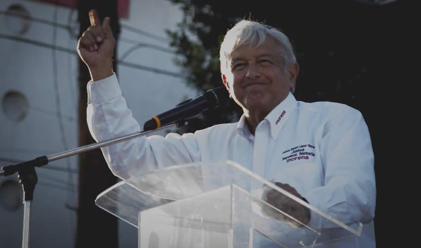 Tijuana, Baja California.- López Obrador, asegura se prepara en las plazas públicas de México para el debate presidencial (Foto: Omar Martínez/ Cuartoscuro)