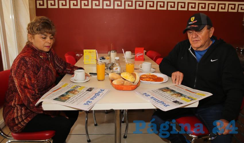 En el restaurante Mitla almorzaron Angélica Quiroz Calderón y José Luis Rodríguez Muñoz