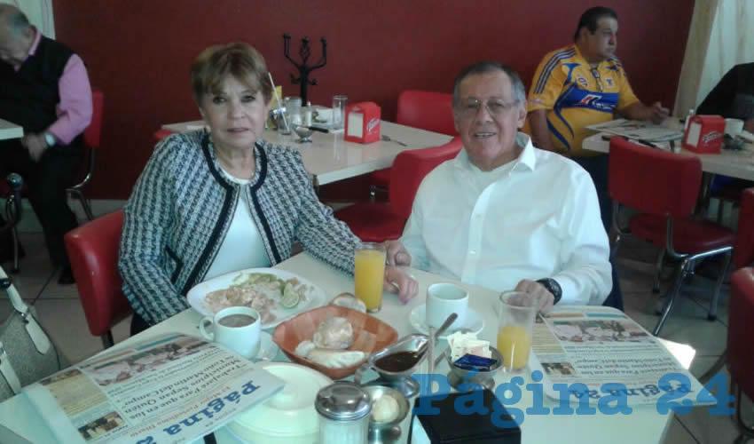 En el restaurante Mitla almorzaron Lidia Garrido y José Luis Arreola