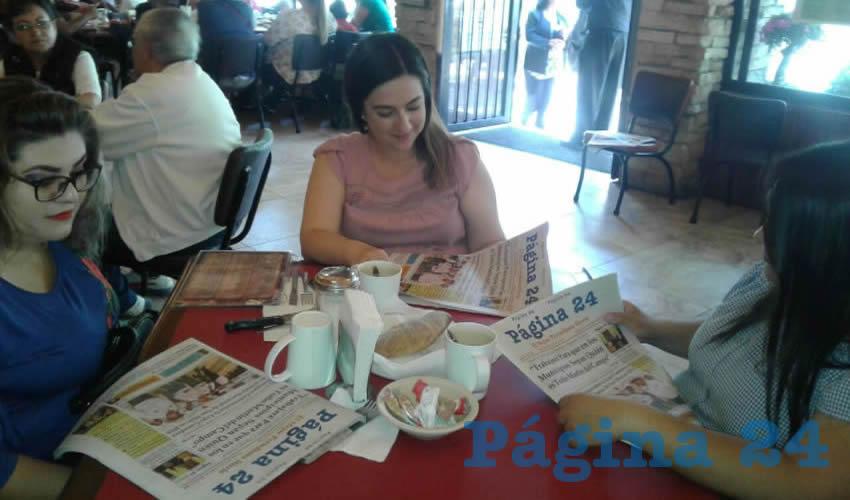 Valeria Sáenz, Angélica Medina y Mónica Méndez compartieron el pan y la sal en el restaurante Las Antorchas
