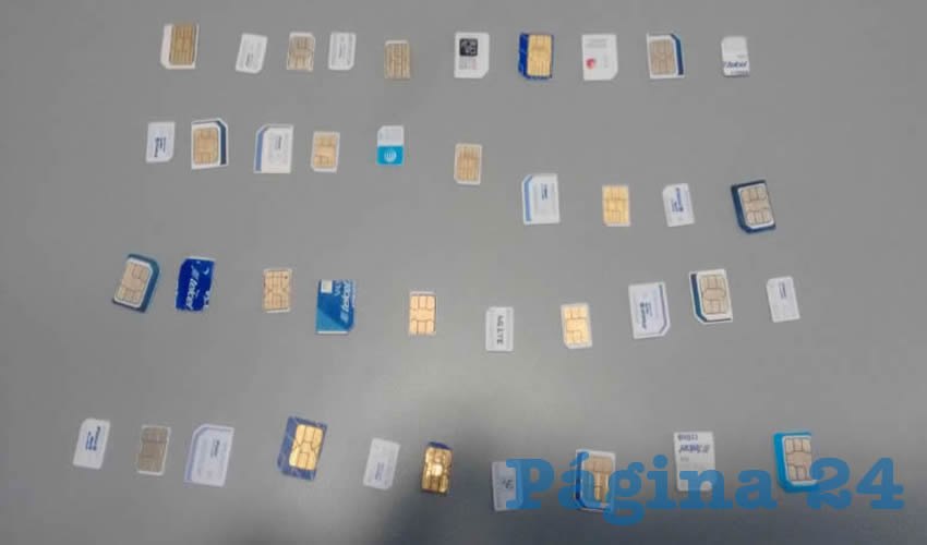 Chips que había extraído Eliana Dabeira de los teléfonos robados