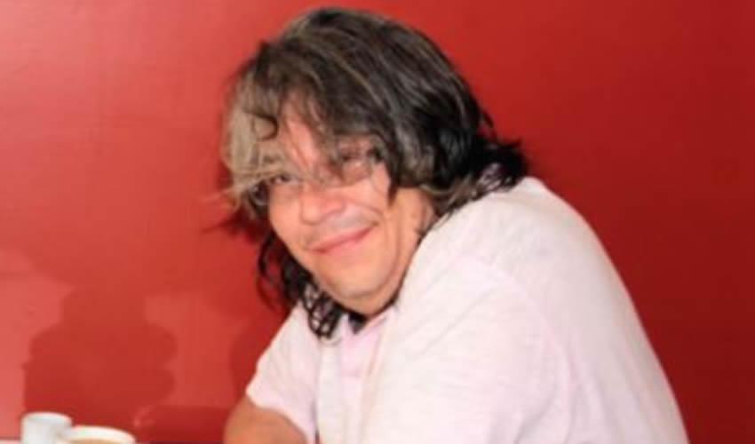 Ernesto de la Rosa ...¿Loco? ¿Mariguano? ¿Cocodrilo?..