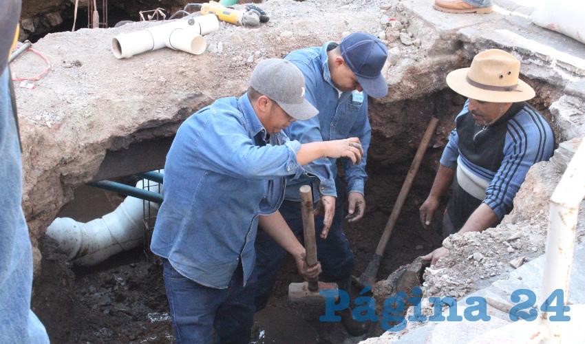 Benjamín de León Mojarro, director de la Junta Intermunicipal de Agua Potable y Alcantarillado de Zacatecas (Jiapaz). Las zonas con mayor problemática en cuanto a fugas es el Centro Histórico de la capital, y destacó que las fugas de esta zona se van al subsuelo, por lo cual es difícil detectarlas (Foto: Merari Martínez)