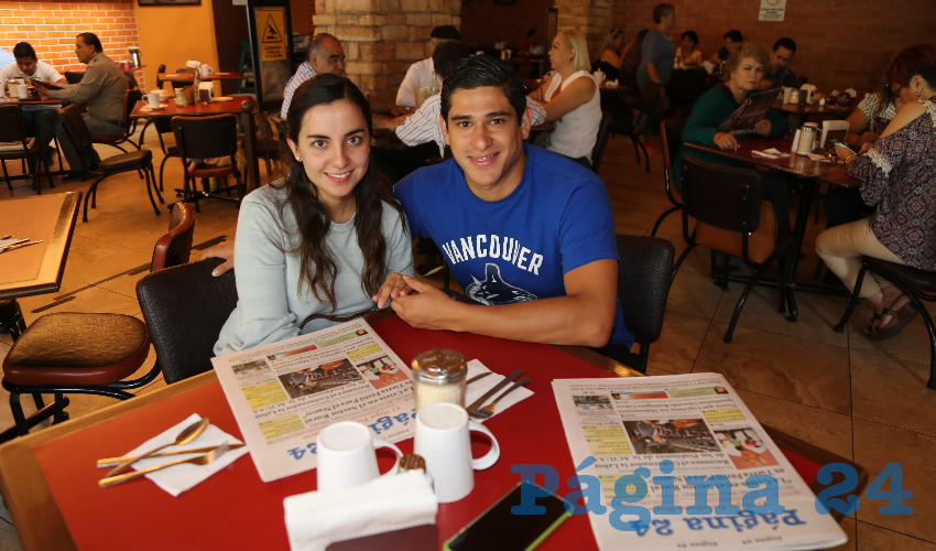 En Las Antorchas compartieron el primer alimento del día Lety Lozano Alvizo y Braulio Ibarra López