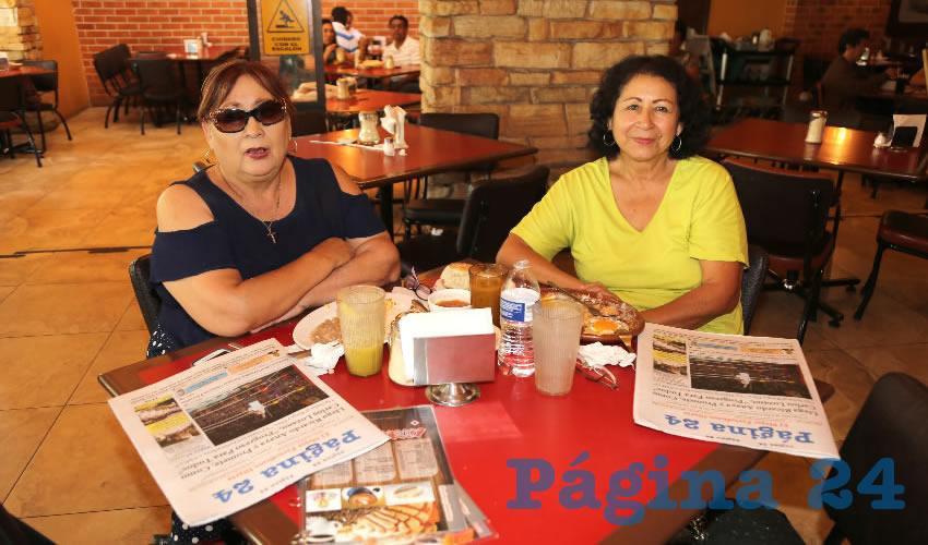 Martha Eugenia Camacho Meza y Patricia Genoveva Camacho compartieron el pan y la sal en el restaurante Las Antorchas