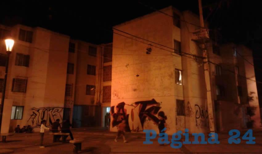 En el departamento 6 del edificio 8MR, se ahorcó Juan Martín Salazar Galván