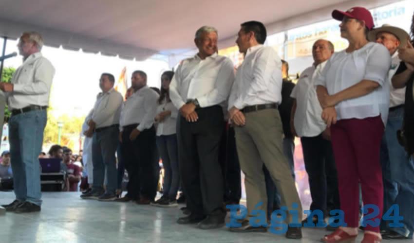Se suma Abraham González  Uyeda al equipo de AMLO