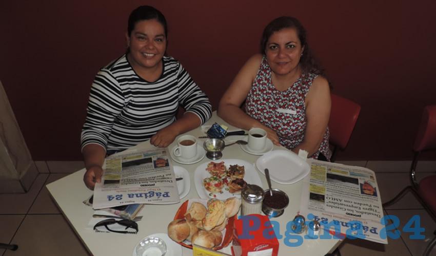 Mayra Cortés Acosta y Marcela González Martínez desayunaron en el restaurante Mitla