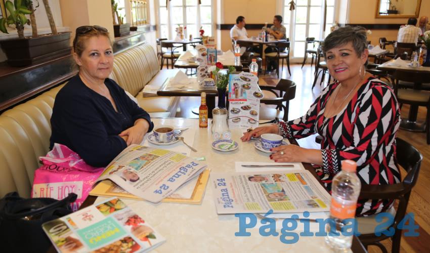 En Sanborns Francia almorzaron Rosa Galindo Pérez e Irma Reynaga Cortés
