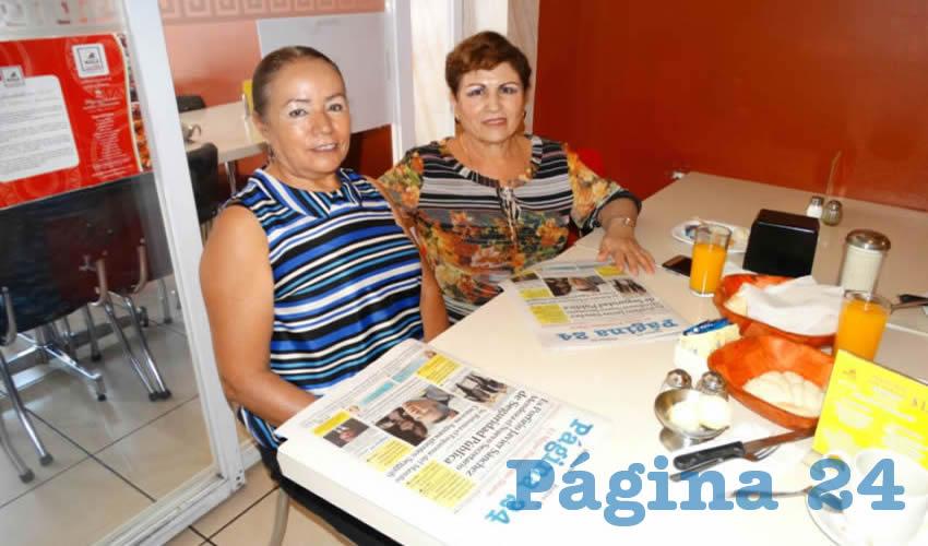 Gloria Zacarías Hernández y María Evelia Zamora Zacarías desayunaron en el restaurante Mitla
