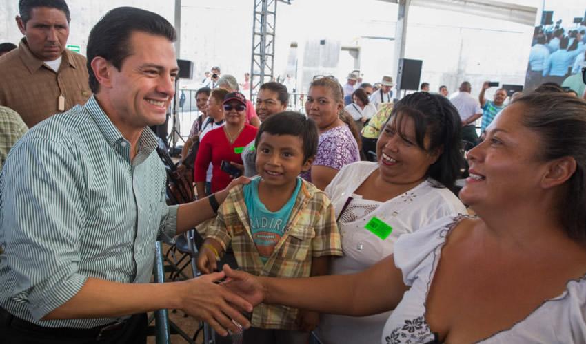 La Paz, Baja California.- Enrique Peña Nieto aseguró que su Administración se ha mantenido en la ruta correcta (Foto: Presidencia)