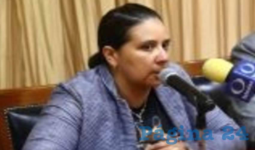 """La legisladora Verónica Jiménez cuestionó a las autoridades: """"¿Qué tiene que suceder para el gobierno estatal y federal le den la importancia que se merece a la agenda indígena? La omisión de la atención a las comunidades y pueblos originarios es una violación a los derechos humanos"""" /Foto: Cortesía"""